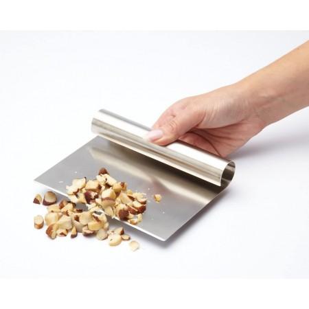 Nerezový kuchyňský kráječ / stěrka